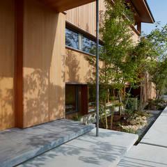 Casas de madera de estilo  de ARTBOX建築工房一級建築士事務所