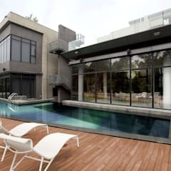 The Lake Dragon:  Pool by Clifton Leung Design Workshop