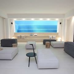 The Lake Dragon:  Media room by Clifton Leung Design Workshop