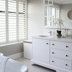 Coastal Living :  Bathroom by Studio Mitchell, Classic