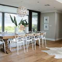 Dining room by Studio Mitchell