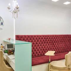 Commercial Spaces by Atelier A4 - Design de Interiores,