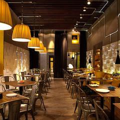 Restaurantes de estilo  por kırlangıç mimari tasarım