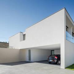 Houses by Raulino Silva Arquitecto Unip. Lda