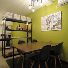 hacototo office: hacototo design roomが手掛けたオフィススペース&店です。,インダストリアル 鉄/鋼