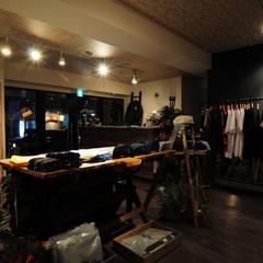 guide post: hacototo design roomが手掛けた商業空間です。