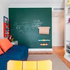 Boys Bedroom by Pereira Reade Interiores