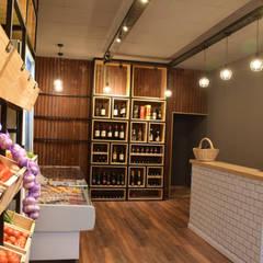 BRANGUS - Mercado: Baños de estilo  por Da!  Diseño de  Interiores,Industrial