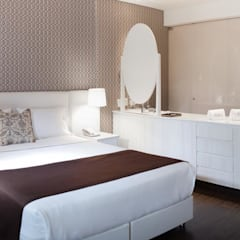 HOTEL EN BOGOTA: Hoteles de estilo  por Ecologik, Ecléctico