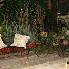Garten von STUDIO AGUIAR E  DINIS