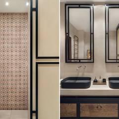 Willa w Krakowie: styl , w kategorii Łazienka zaprojektowany przez Double Look Design