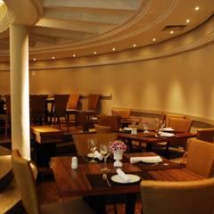 Restaurante: Espaços gastronômicos  por Costa Lima Arquitetura Design e Construções Ltda