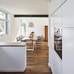 Inbouwkeukens door Schreinerei Fischbach GmbH & Co. KG
