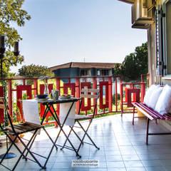 casa GC: Terrazza in stile  di rosalba barrile architetto