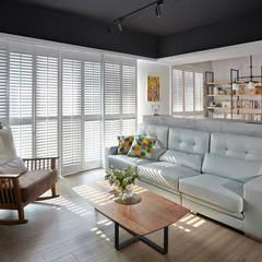 Livings de estilo  por 禾廊室內設計, Industrial