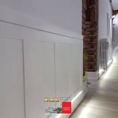 Appartamento privato 1: Ingresso & Corridoio in stile  di MELLINACORTISTUDIO