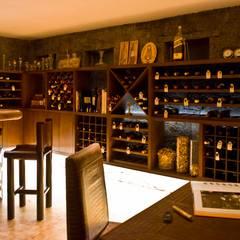 Bodegas de vino de estilo  por Eduardo Gutiérrez Taller de Arquitectura