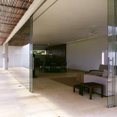 اتاق نشیمن by Eduardo Gutiérrez Taller de Arquitectura