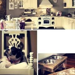 Dettagli Rustici: Cucina attrezzata in stile  di Semplicemente Insieme