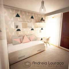 Habitaciones para adolescentes de estilo  por Andreia Louraço - Designer de Interiores (Contacto: atelier.andreialouraco@gmail.com)