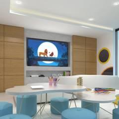 CUARTO DE JUEGOS 2: Salas multimedia de estilo minimalista por SEZIONE