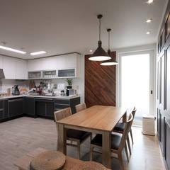 전주인테리어 서신동 대림 이편한세상 아파트 인테리어: 디자인투플라이의  주방