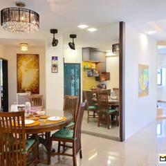 Mandarin Gardens Condo:  Dining room by AgcDesign