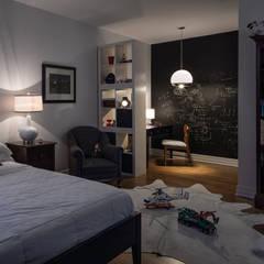 Glebe Avenue Residence: classic Bedroom by Flynn Architect