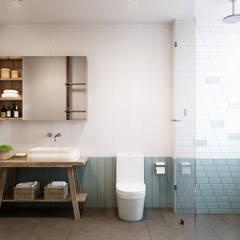 Badezimmer von P.A.U Design