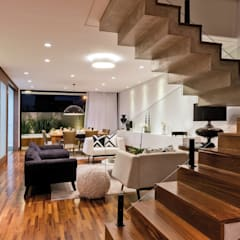 Stairs by Dib Studio Arquitetura e Interiores