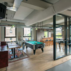 Bedrijfscafé advocatenkantoor:  Bars & clubs door Yben Interieur en Projectdesign