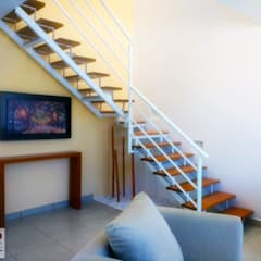 Stairs by DLR ARQUITECTURA/ DLR DISEÑO EN MADERA