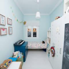 Vivienda Ventas: Habitaciones de niños de estilo  de Remake lab