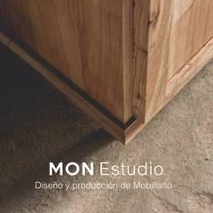 PROYECTO - Santa Rosa - Cocina: Muebles de cocinas de estilo  por Mon Estudio