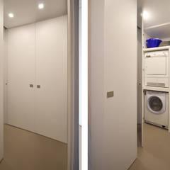Lavanderia Moderna: Bagno in stile  di JFD - Juri Favilli Design