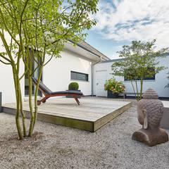 LUXHAUS Kundenhaus 01:  Zen garten von Lopez-Fotodesign
