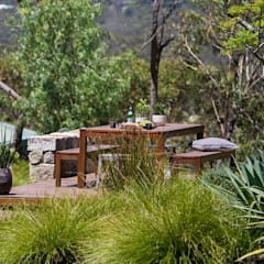 Bio-Schwimmteich mit Holzterrasse:  Terrasse von Paul Marie Creation
