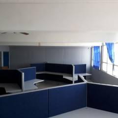 Centros de congressos  por Crea Oficinas Ltda