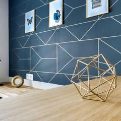 Bureau: Bureau de style de style Scandinave par Vanessa Avel créatrice d'intérieurs