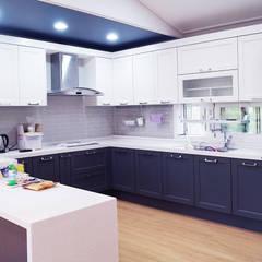 함라 신대리 2호 35평형 ALC전원주택: W-HOUSE의  주방 설비