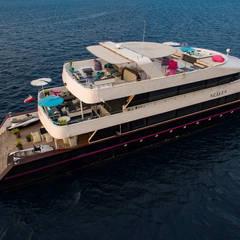 هواپیما و قایق های شخصی by oshi pracownia projektowa