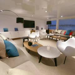 salon: styl , w kategorii Jachty i motorówki zaprojektowany przez oshi pracownia projektowa