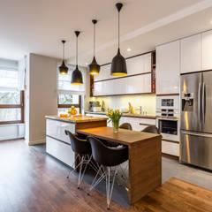 Éléments de cuisine de style  par Modify- Architektura Wnętrz