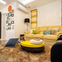 Tagaytay Southridge Estates:  Living room by TG Designing Corner ,