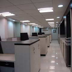 Atlas Copco India Limited - Whagoli Office, Pune:  Study/office by Spaceefixs,Modern
