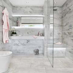 Richmond Showroom, TW9:  Bathroom by BathroomsByDesign Retail Ltd