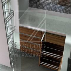 Vista de Despensa y encimera: Muebles de cocinas de estilo  por F9 studio Arquitectos