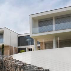 Casa PS por GOA Arquitectos Mediterrânico