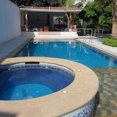 Garden Pool by Arcor Constructores , Tropical سنگ مرمر