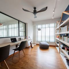 COMPASSVALE ANCILIA II:  Study/office by Eightytwo Pte Ltd,Scandinavian Wood Wood effect